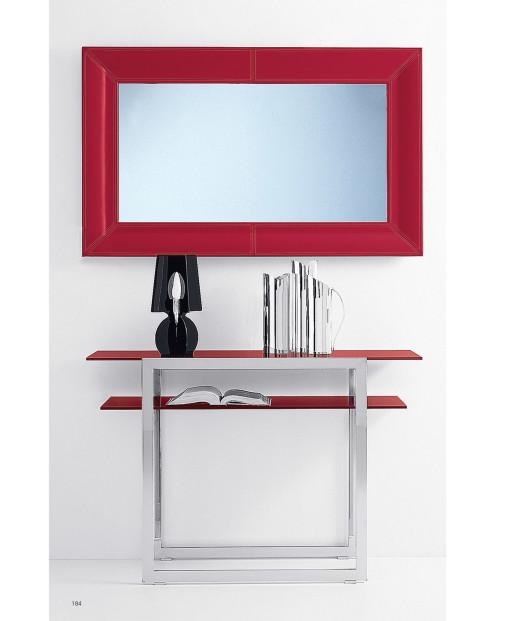 Metalna polica i ogledalo