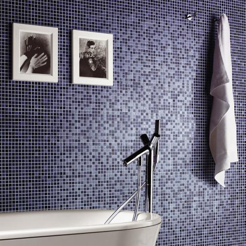 Plave plocice u kupatilu
