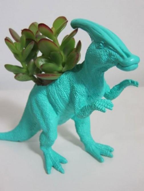 Dinosaurusi kao saksije