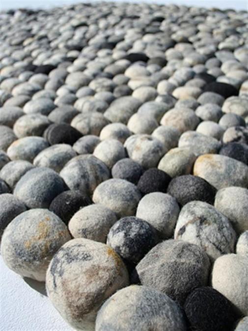 Tepih poput kamenčića