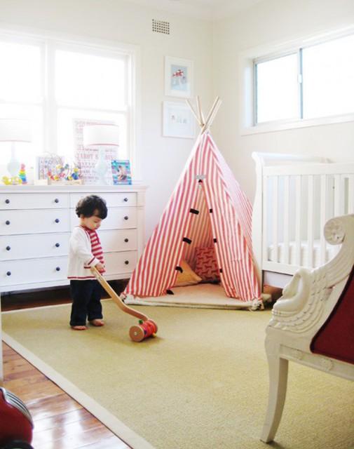 Indijanski šator stvara magiju u dečijoj sobi