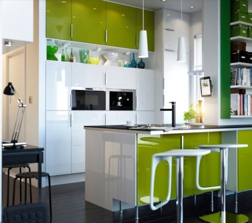 Moderna kuhinja u limeta zelenoj boji