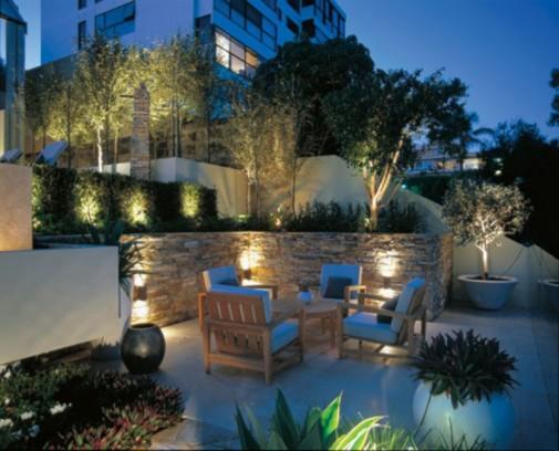 Odaberite stil koji će odgovarati vašoj bašti i kući