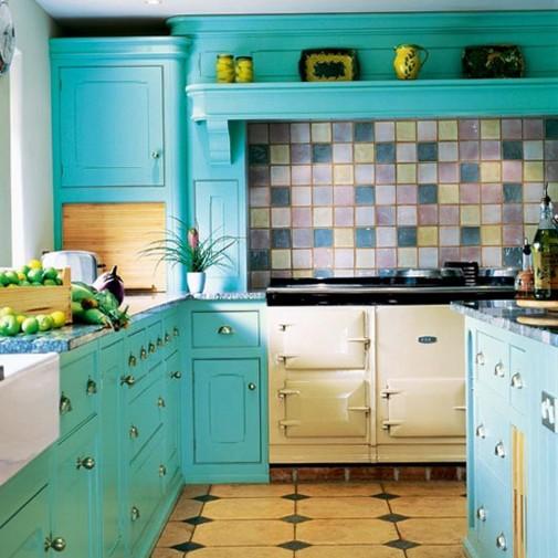 Tirkizna boja u kuhinji