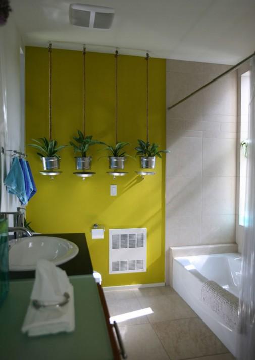 Zelene biljke oživljavaju kupatilo