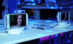 predstavljen Samsung Galaxy S4 Zoom