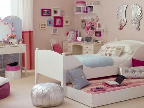 Roze soba za tinejdžere