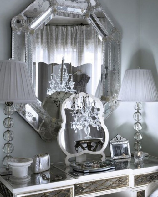 Efektna venecijanska ogledala