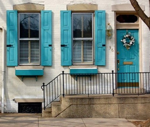 Plava ulazna vrata
