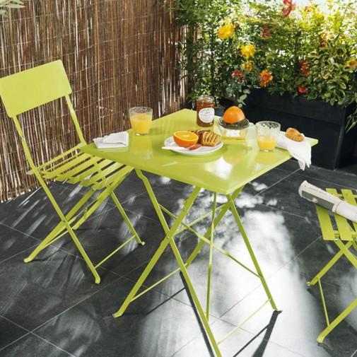Zeleni sto i stolice