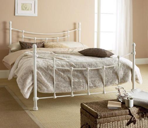 Beli kreveti od kovanog gvožđa