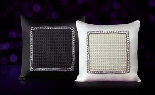 Crni i beli jastuk