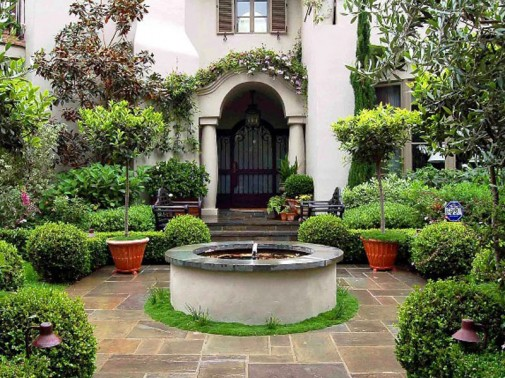 Fontana u dvorištu