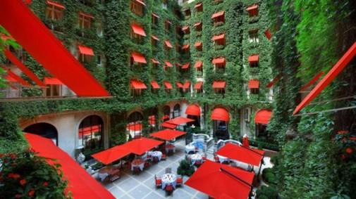 Hotel Plaza u Parizu