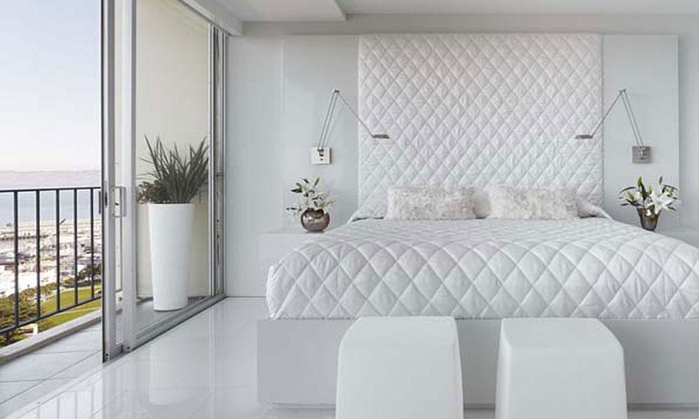 Bela spavaća soba