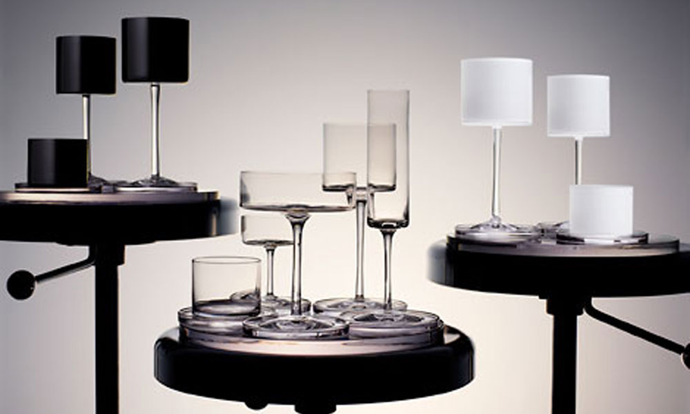Kolekcija Orrefors kristala Karla Lagerfelda