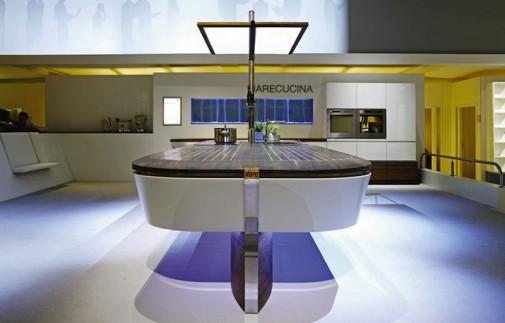 Kuhinja u obliku broda slika3