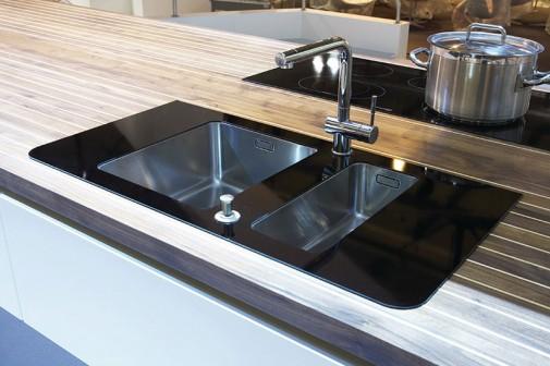 Kuhinja u obliku broda slika7