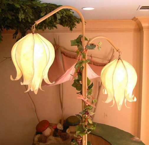Lampa u obliku cveća
