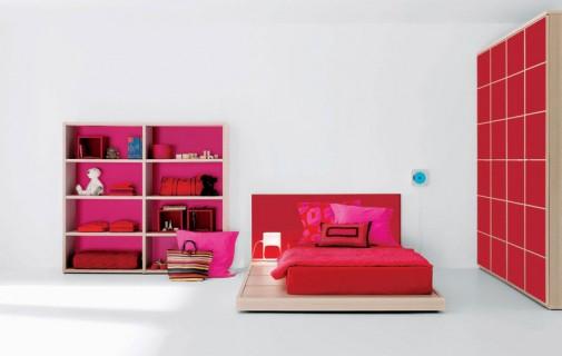 Pink-crvena soba