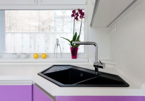 Crna geometrijska sudopera