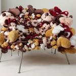 Fotelj od plišanih igračaka