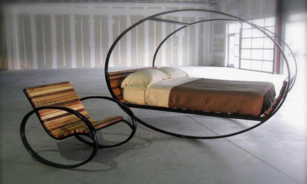 Необычную мебель Mood Rocking Bed разработал Джо Маунсом из американской дизайнерской студии Shiner International