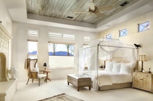 Snovi u krevetu sa baldahinom slika2