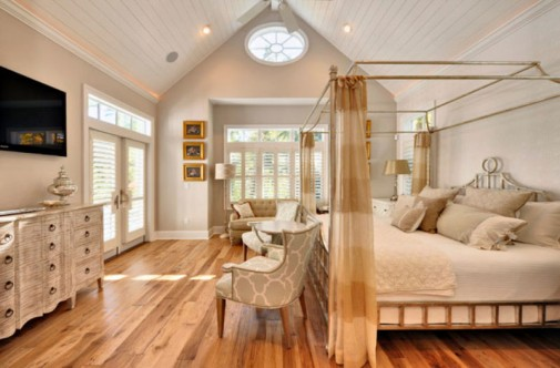 Snovi u krevetu sa baldahinom slika4