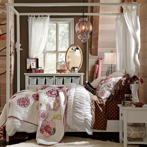 Snovi u krevetu sa baldahinom slika5