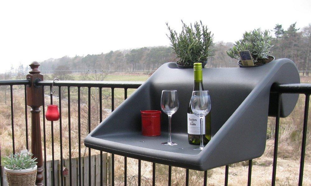 Съемный столик на балкон.