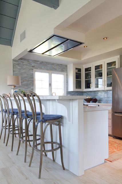 Barske stolice u kuhinji slika 3
