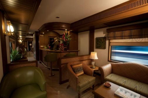 Enterijer luksuznog voza slika4