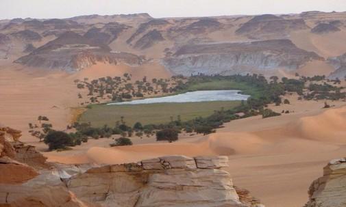 Jezera  Ounianga u Sahari slika8