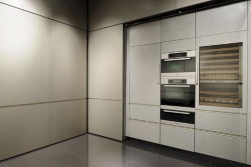 Kuhinja koju je dizajnirao Đorđo Armani slika3