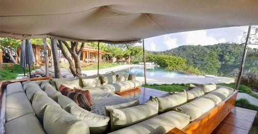 Opčinjavajući hotel u Karibima slika3