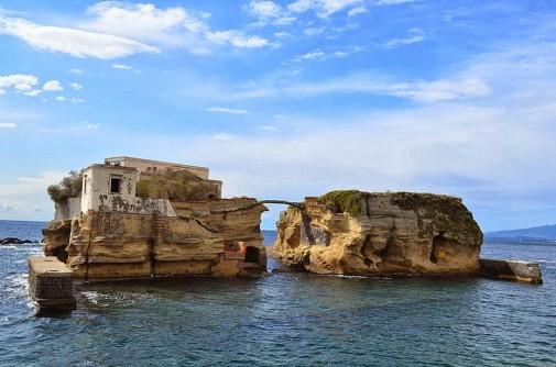 Ukleto ostrvo Gaiola slika 2