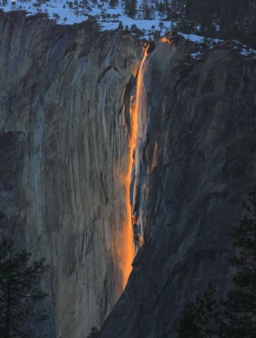 Vodopad kao lava slika 5