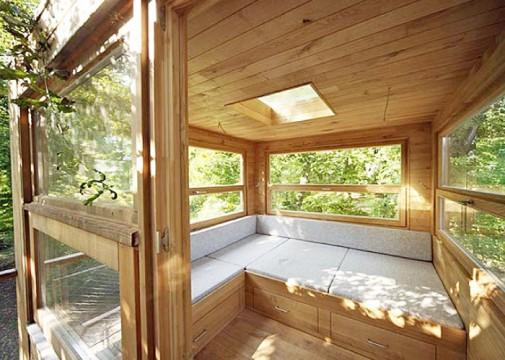Neobične i raznobojne kućice za drveće slika3