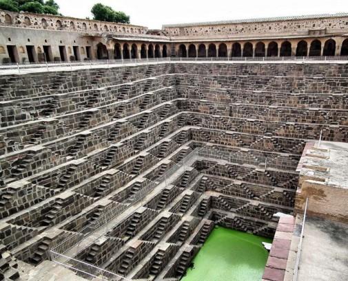 Vrtoglave stepenice u Indiji slika3