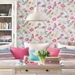 Dnevne sobe sa cvetnim tapetama