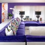 Dnevne sobe sa purpurnim naglascima