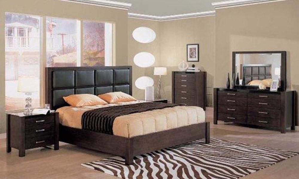 Drveni nameštaj u spavaćoj sobi