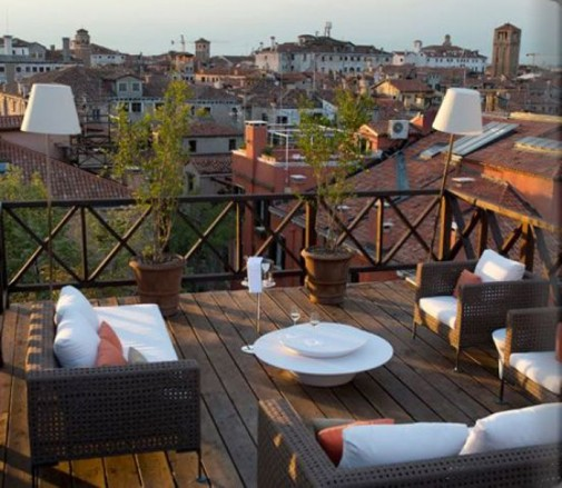 Elegantne terase i verande u neutralnim nijansama slika2