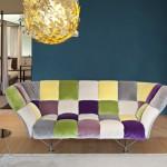 Sofa od 33 jastuka