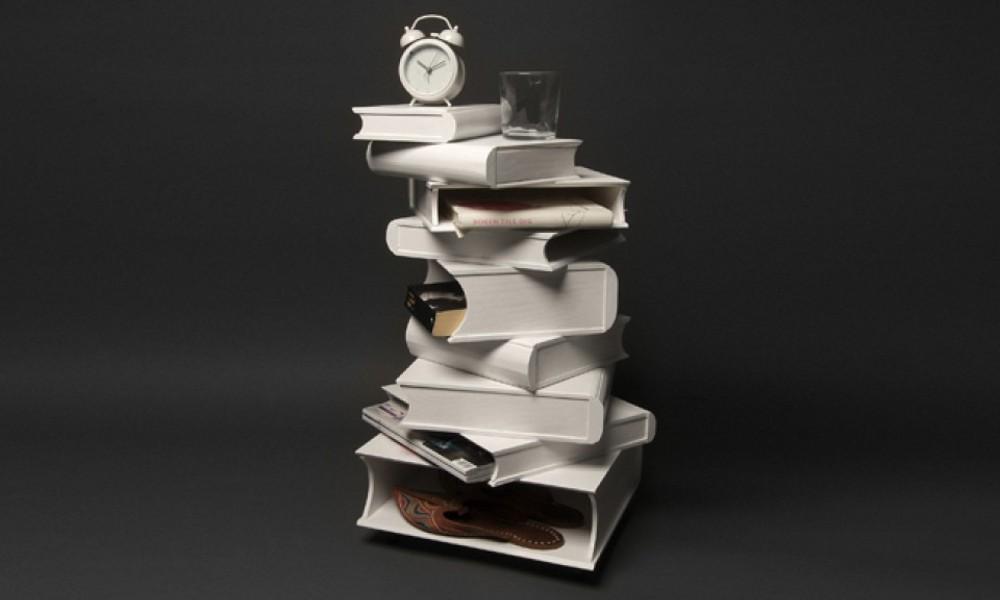 Gomila knjiga kao polica