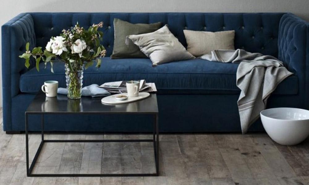 Plave somotne sofe