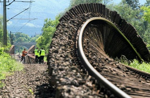 Teško oštećena infrastruktura
