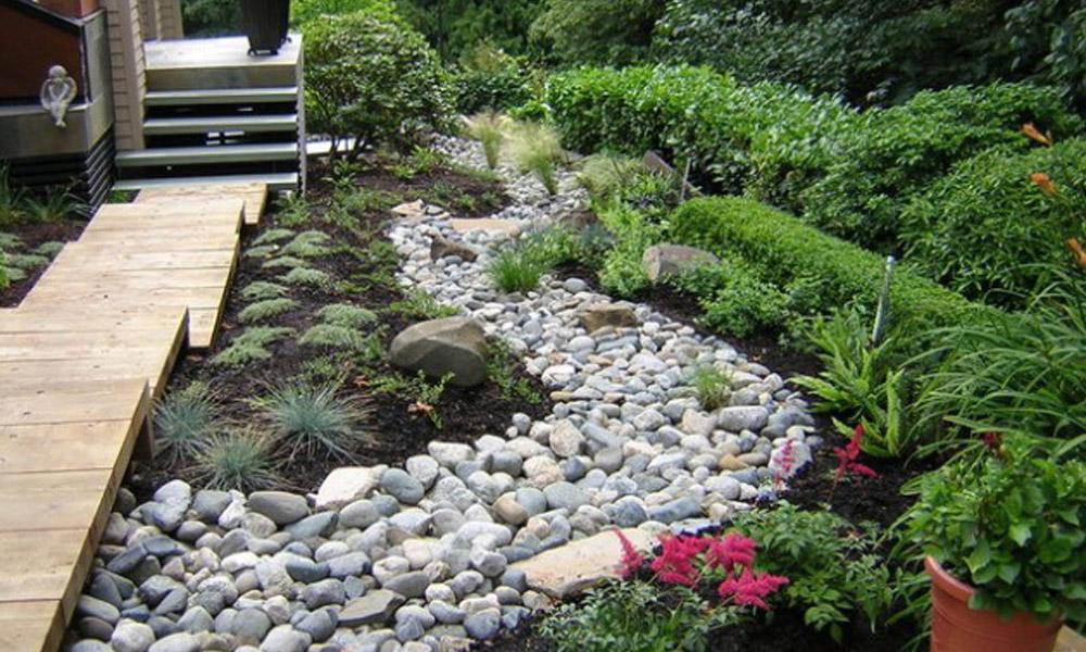 Ulepšajte svoju baštu sa kamenjem