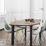 Neobični sto i stolice